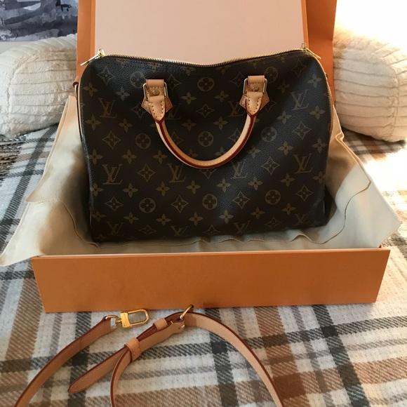 953005d84e5a Louis Vuitton Handbags - Louis Vuitton Speedy Bandouliere 30